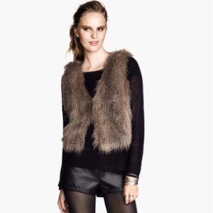 H&M - Fux Fur Vest